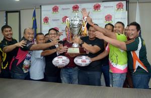 Pasukan yang mengambil bahagian mempunyai hasrat yang sama untuk menjulang Piala Dato Wira Amiruddin Embi. Kredit Foto - Sukandaily