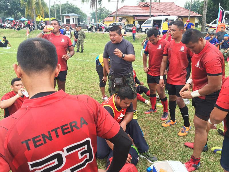 Sukandaily - 2016 Kejohanan Ragbi Piala Agong Ke-34 - Jurulatih ATM - Pegawai Waran (U) I Iruan Idris