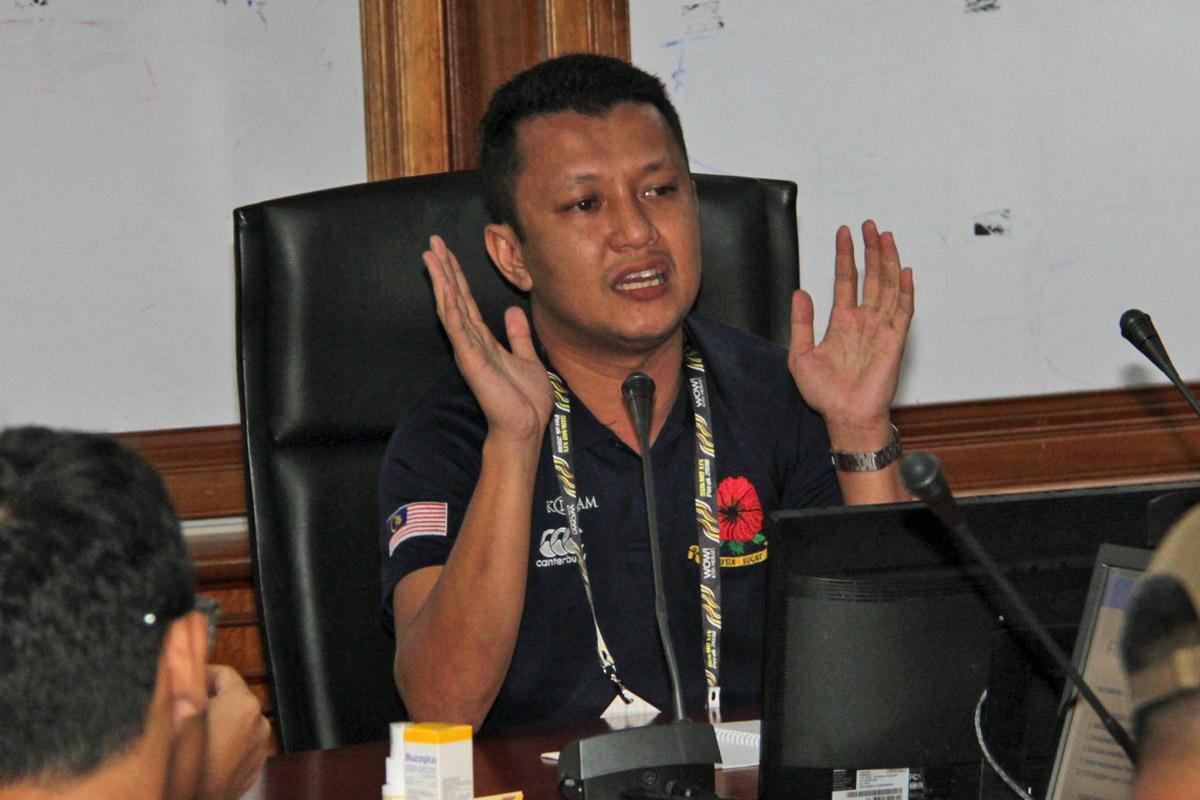 Mesyuarat pengurus pasukan yang dipengerusikan oleh En. Fahmi Jalil selaku ketua deligasi teknikal bagi temasya SUKMA Perak 2018 dan juga selaku Pengarah Pertandingan Kesatuan Ragbi Malaysia. Kredit Foto - Sukandaily