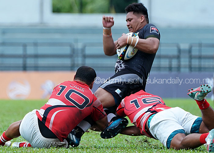 Aksi finalis edisi lalu, Terengganu sewaktu menewaskan pasukan Kelantan(jersi merah) di peringkat suku akhir yang telah berlansung di Stadium Majlis Bandaraya Petaling Jaya Kelana Jaya. Kredit Foto - Sukandaily