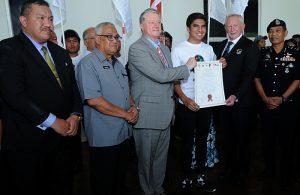 Menteri Belia dan Sukan YB Syed Siddiq(kemeja T putih) merasmikan Taman Ekuestrian Putrajaya sebagai venue Kejohanan Piala Dunia FIT Touch edisi ke-9 yang telah diadakan di Pavilion Taman Ekuestrian Putrajaya. Kredit Foto - Sukandaily | Mahmud Talib